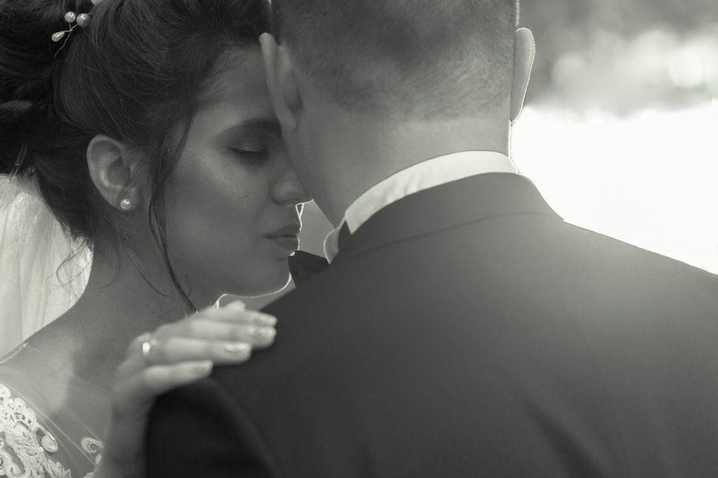 Сватбена нежност